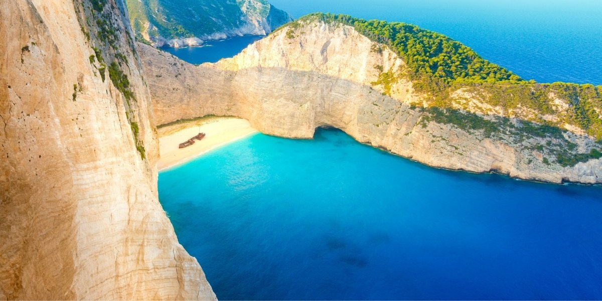 10 Best Beaches to visit in the World By Ocean Jewelry Store